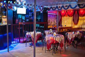 Ресторан-кафе «444» на Горького