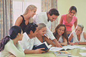 Центр языкового развития «YES»